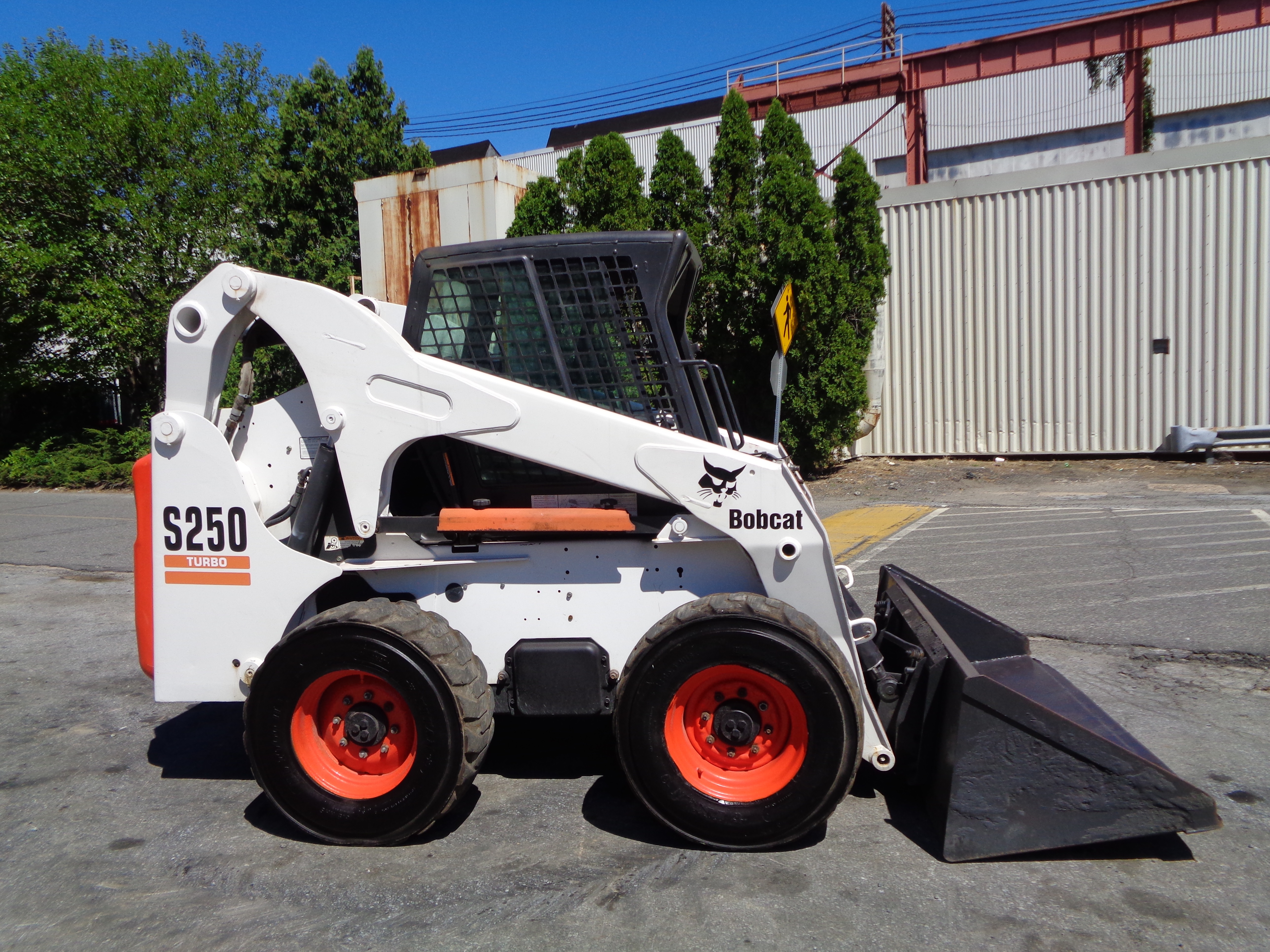 Make: Bobcat Model: S250 SN: 526011056 Diesel Aux Hydraulics