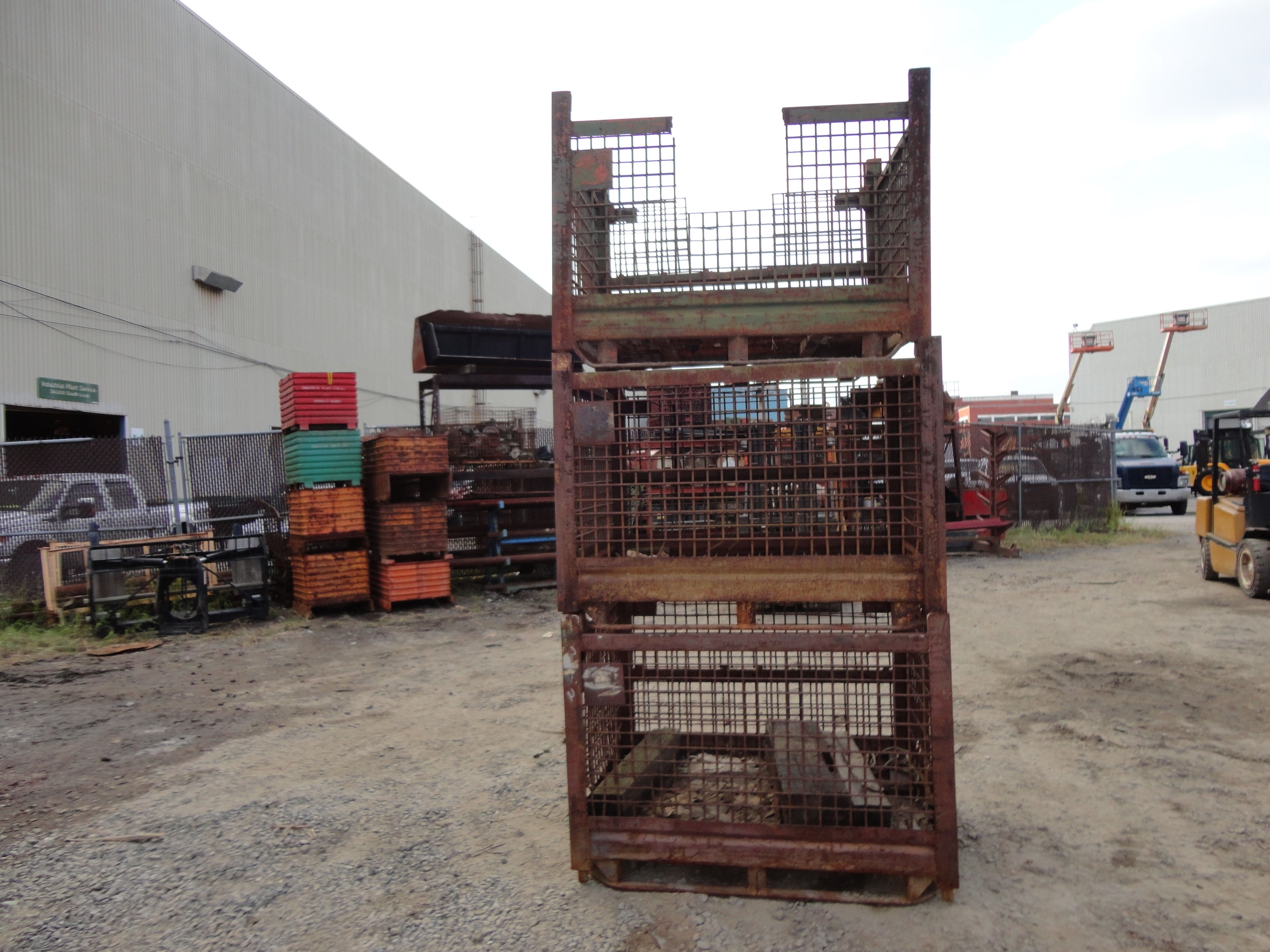 Lot 11 - Lot of 3 Wire Baskets