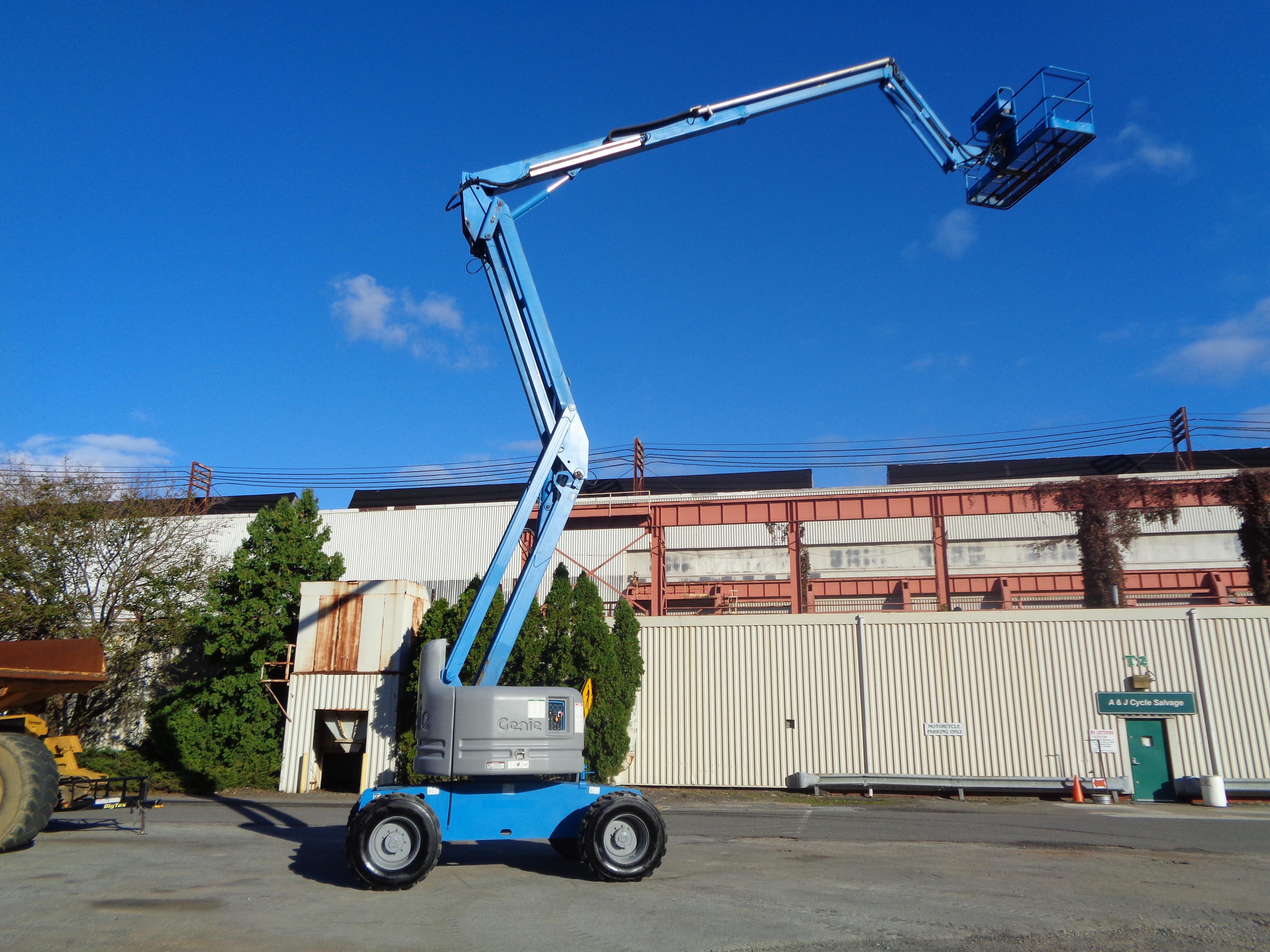 Lot 38 - Genie Z60/34- Boom Man Aerial Lift - 4X4 - 60Ft Height