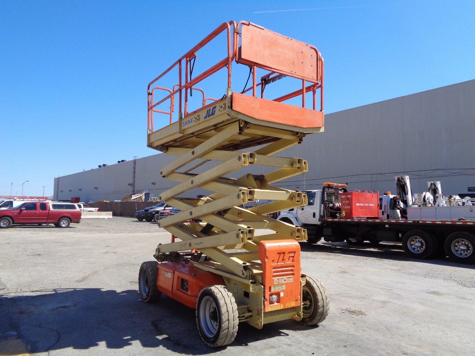 Lot 52 - JLG 3369LE Electric Aerial Man Boom Scissor Lift - 33ft Height