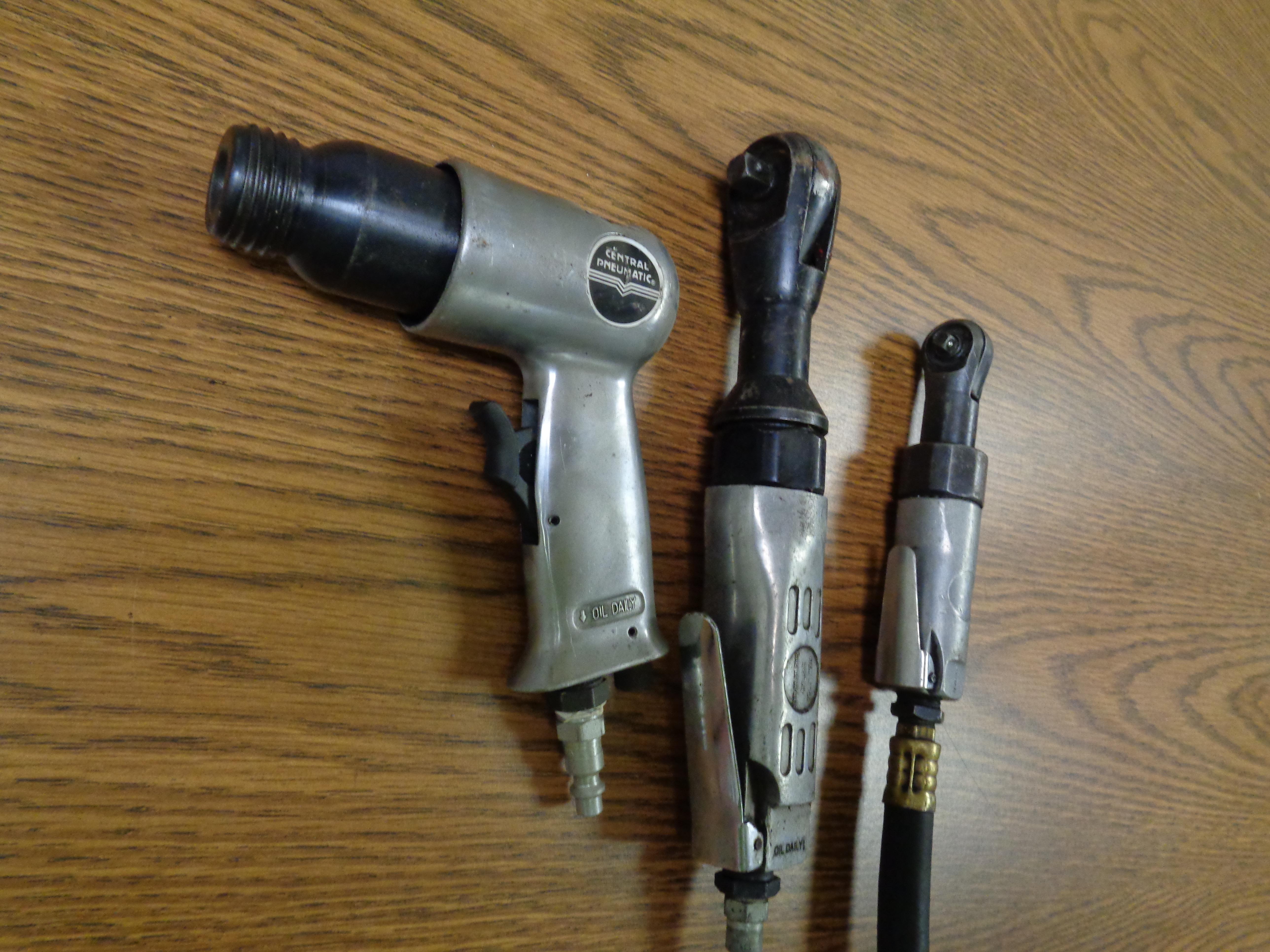Lot 7 - Lot of 3 Air Tools