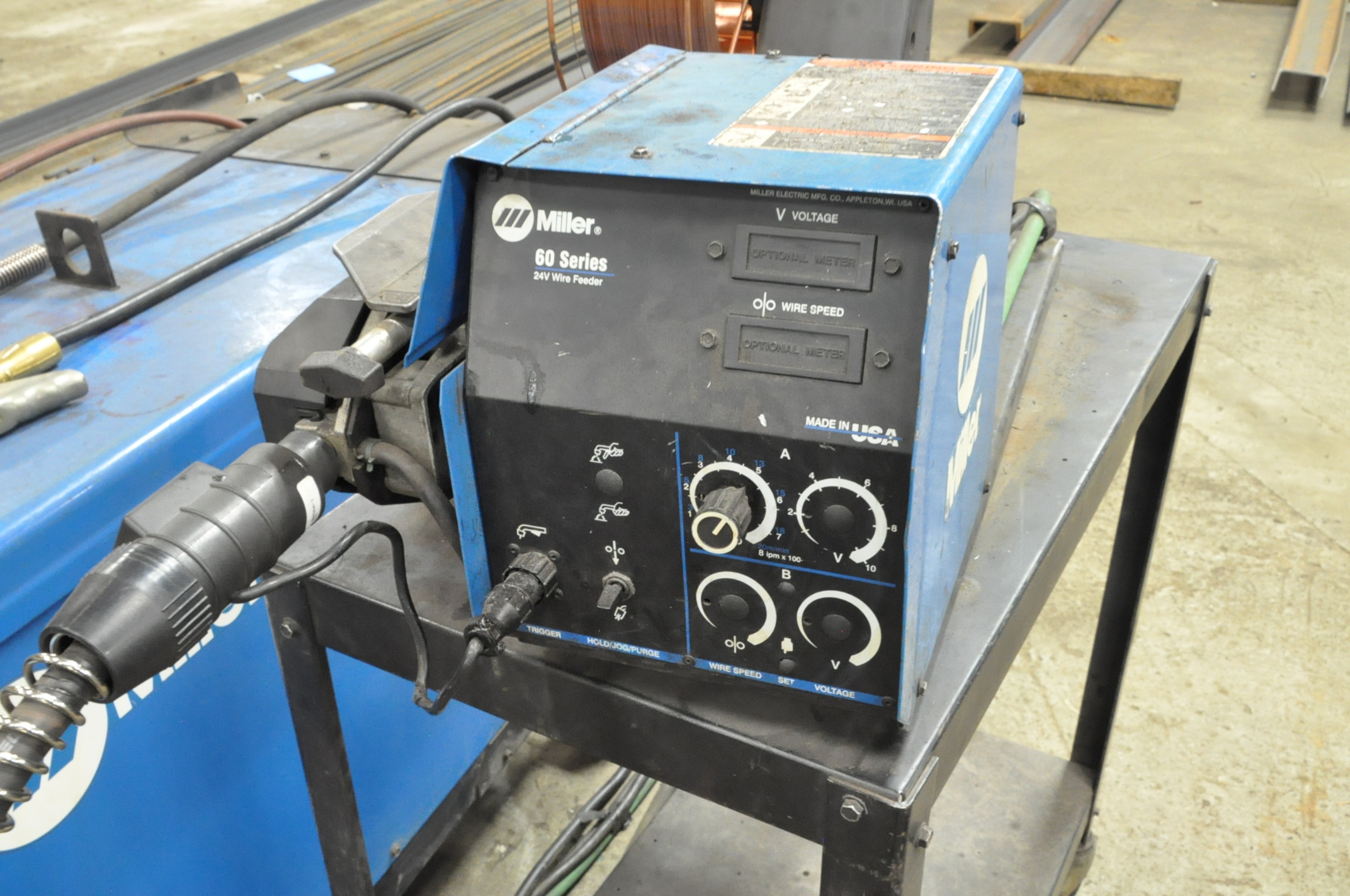 Miller Deltaweld 452, 450-Amp Capacity CV DC Arc Welding Power Source with Miller 60 Wire Feeder - Image 2 of 4