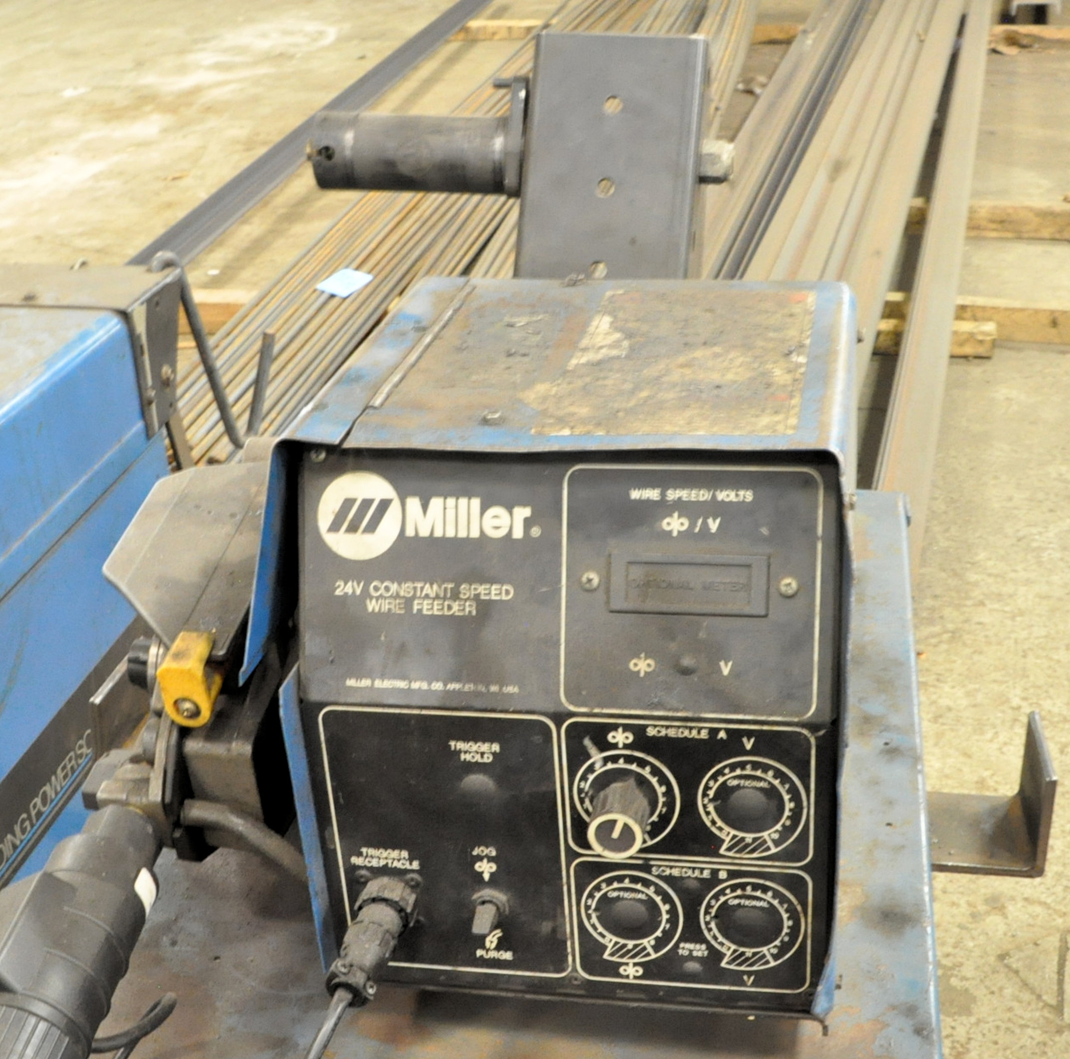 Miller Deltaweld 451, 450-Amp Capacity CV DC Arc Welding Power Source with Miller S-60 Wire Feeder - Image 2 of 3
