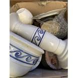 Box of assorted ceramic ware