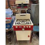 Parkinson Cowan Pieress gas oven and grill.