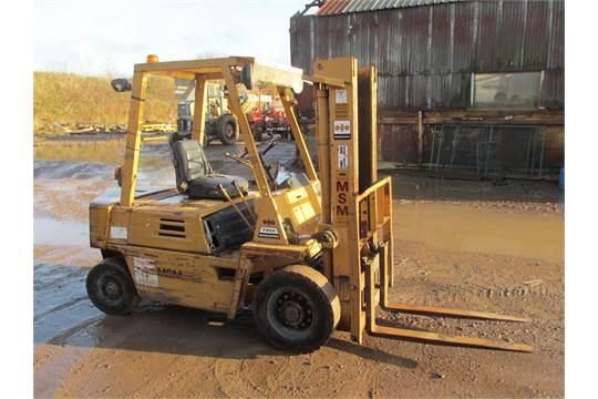 Komatsu 2 5 Ton Diesel Forklift, Low Mast, Runner