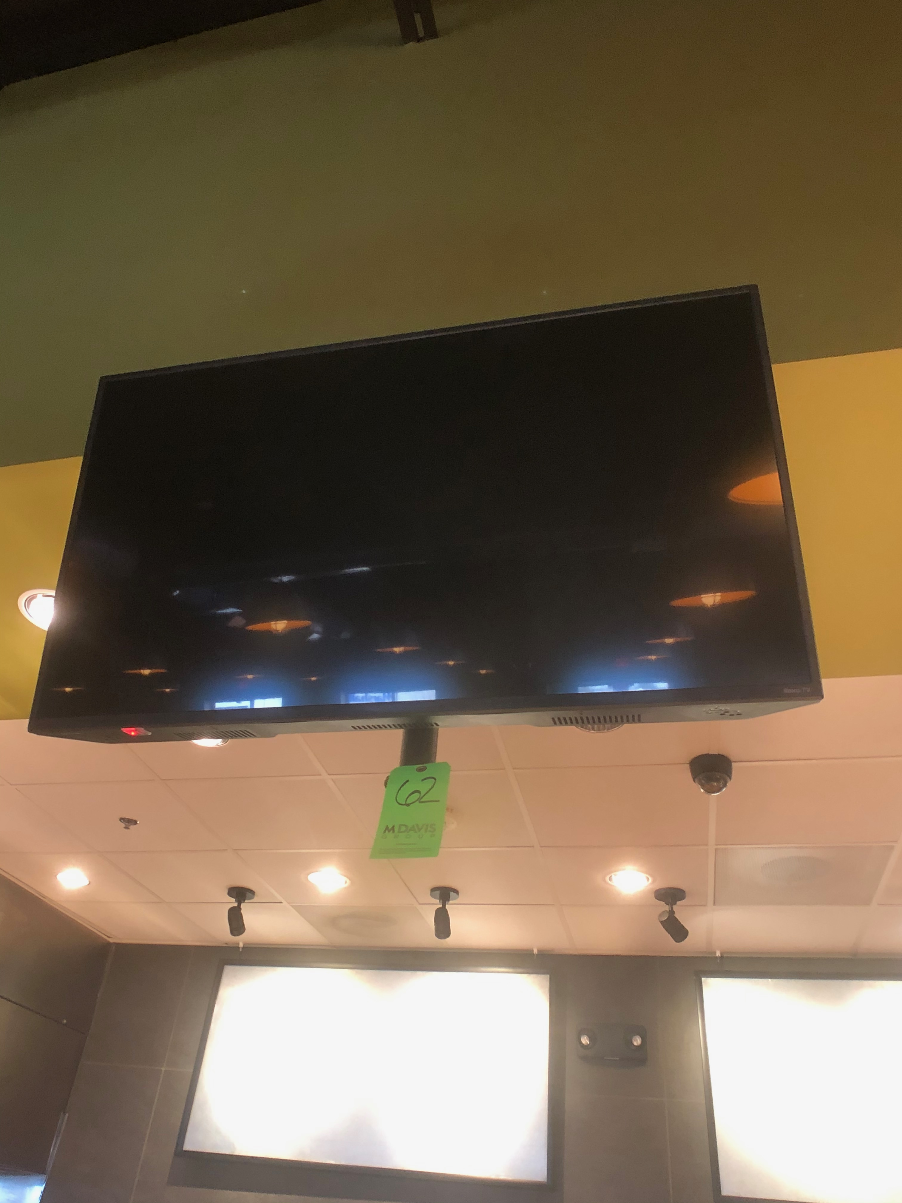 """Insignia / Roku TV, Model NS-43DR620NA, Approx. 42"""", with Chief Wall Mount - Image 3 of 4"""