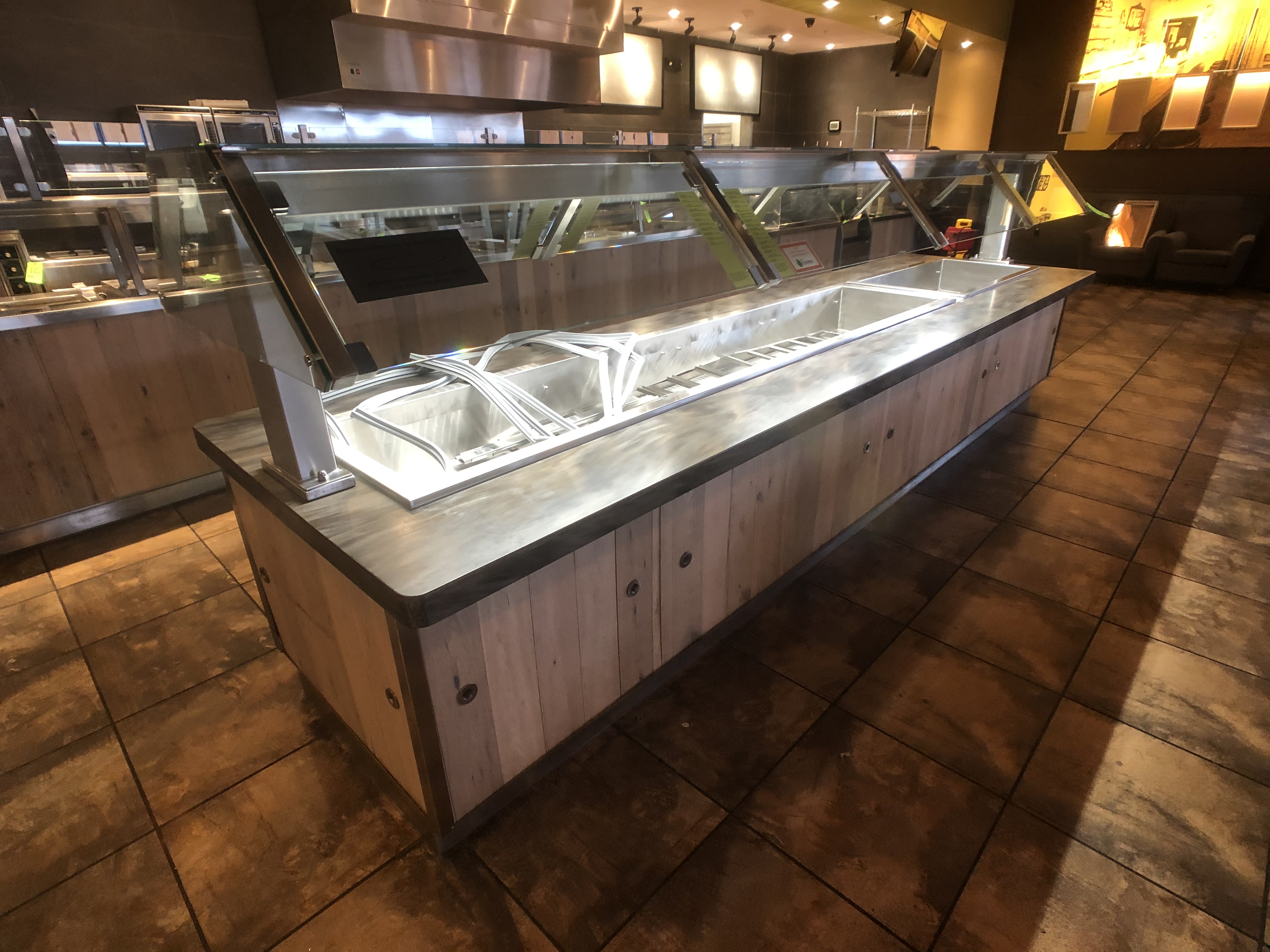 Randell Approx. 15' L x 4' W Refrigerated Buffet Table with Overhead Light, Work-Top Refrigerator - Image 4 of 6