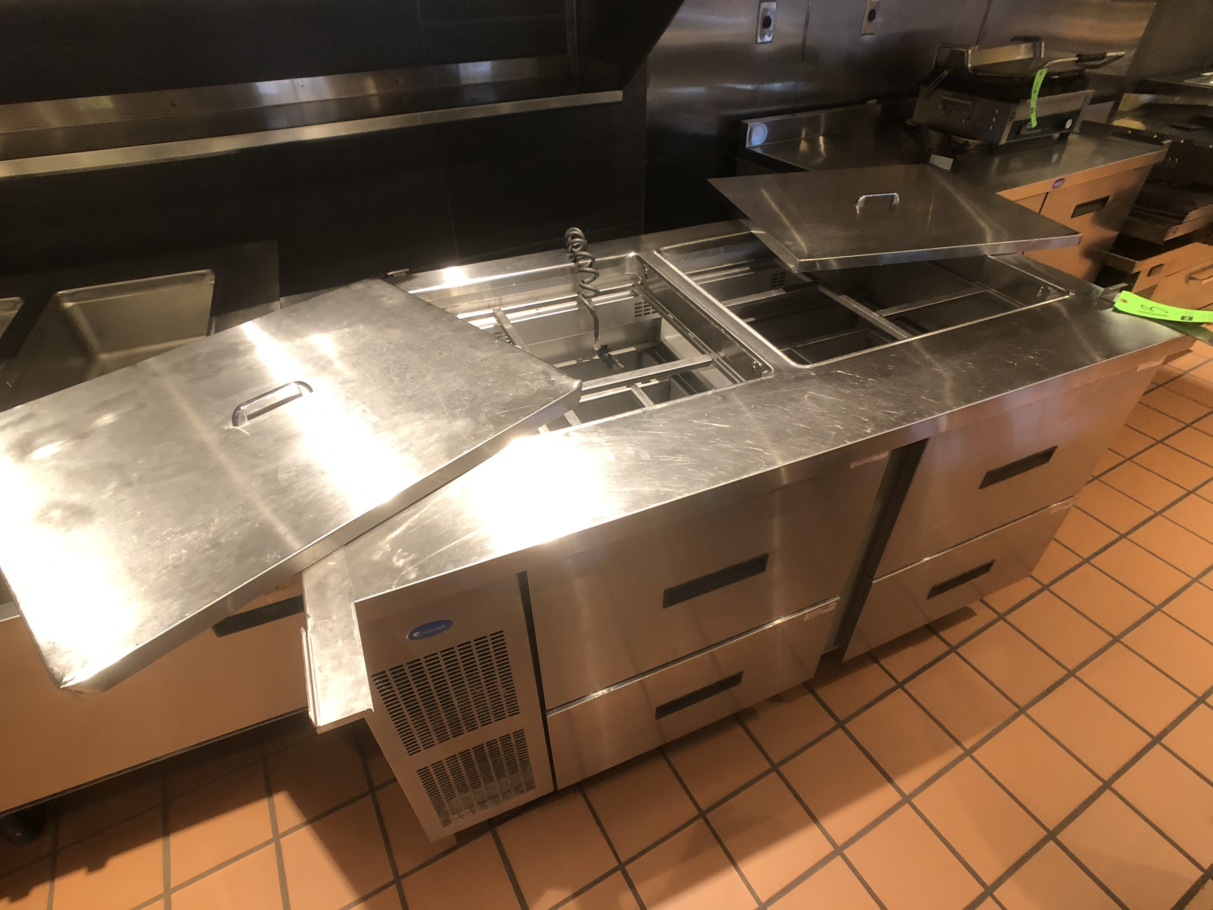 "Randell 60"" Refrigerator / Sandwich Prep Table, Model 9040K-7, S/N W950200-1, (2) Sections, 60"" W - Image 2 of 4"