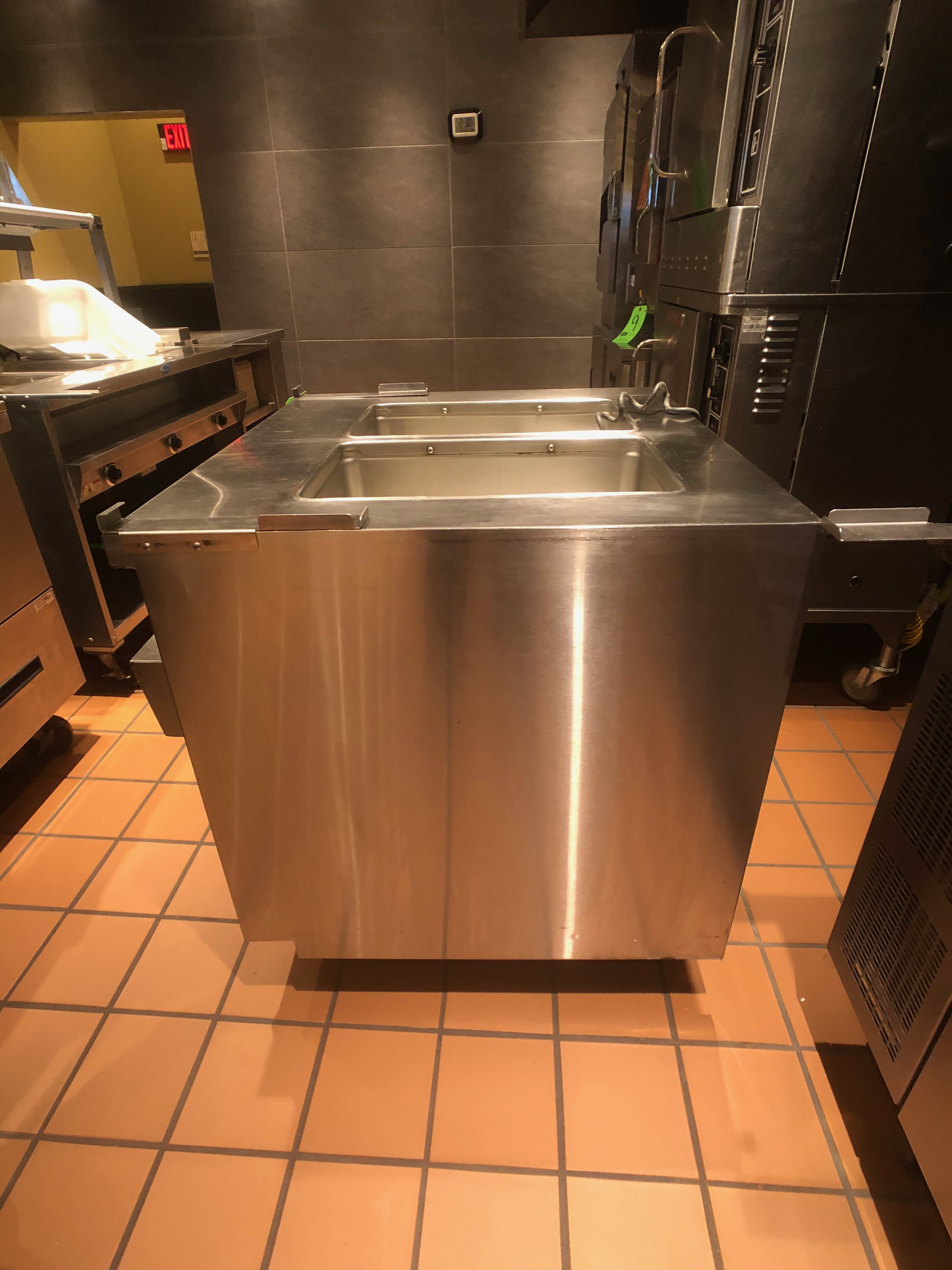 Randell Open Base Electric Hot Food Table, Model 31330, S/N W1041765-1 - Image 4 of 5