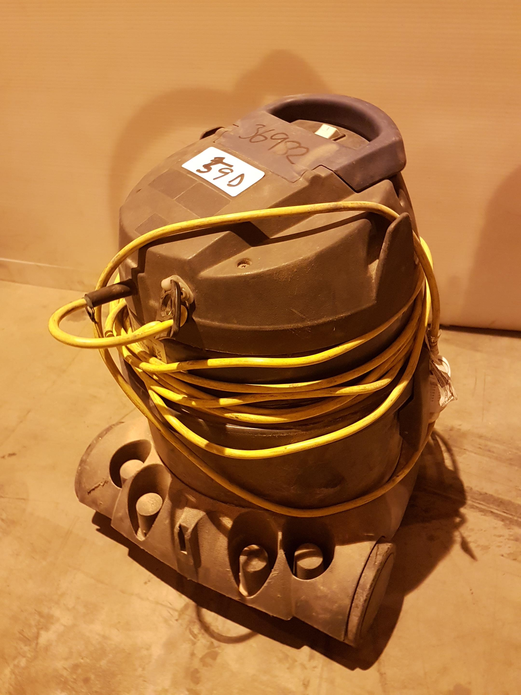 Lot 59 - Vegas 202 HP Light Duty Vacuum 110v