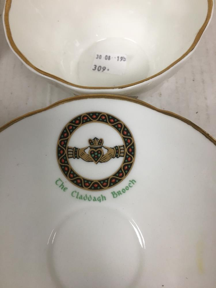 Lot 59 - COLLECTION OF ROYAL TARA TEA SERVICE THE CLADDAGH BROOCH PATTERN