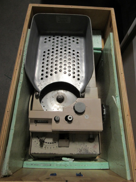 Lot 2009 - BRANDT COIN COUNTER/WRAPPER MODEL 748