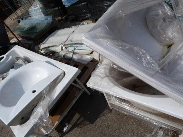 Lot 19 - *Four Pallets of Baths, Sinks, Shower Doors, etc.