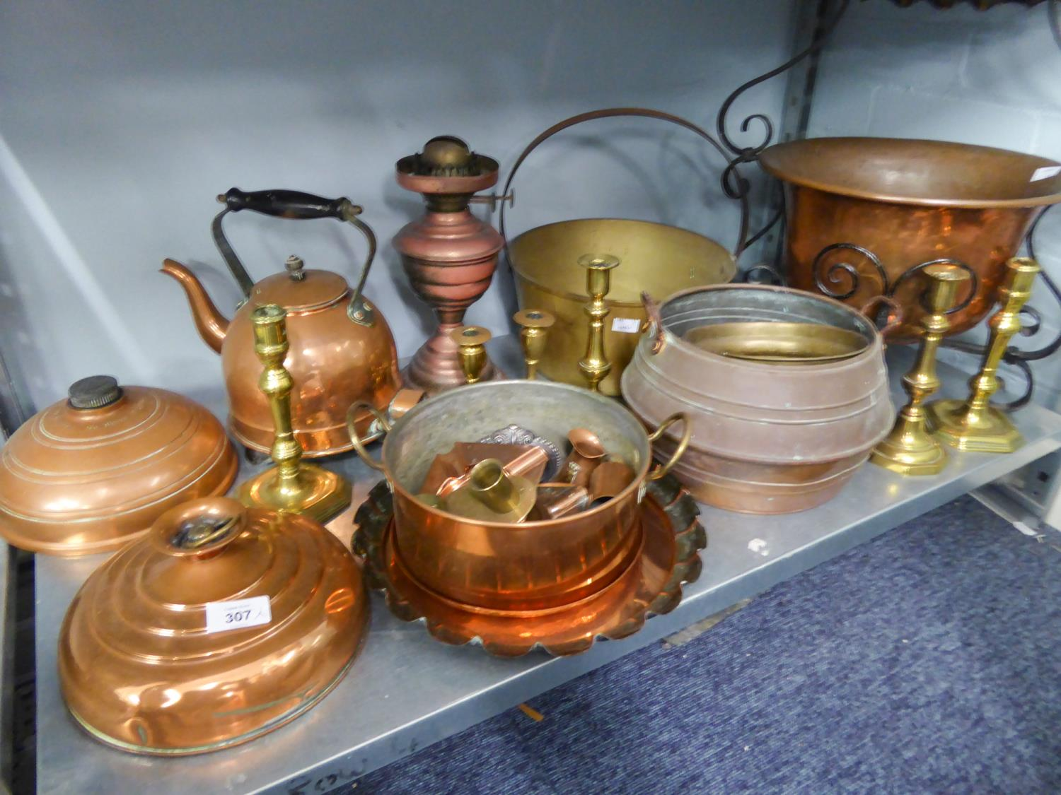 Lot 307 - A SELECTION OF BRASS AND COPPER WARES TO INCLUDE; AN EARLY ELECTRIC COPPER KETTLE, PRESERVE PAN,