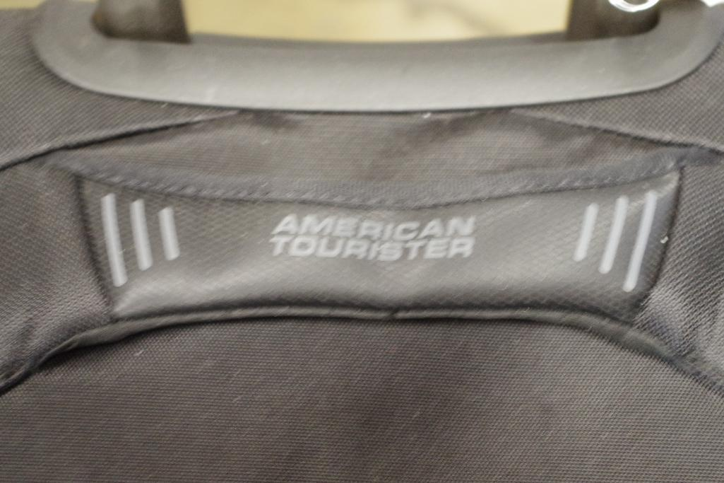 Lot 1077 - AMERICAN TOURISTER Carry On Luggage (Handle does not retract well)