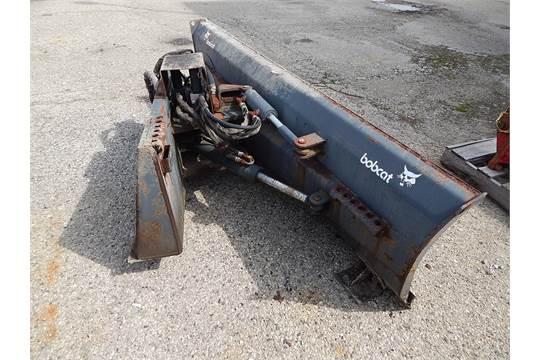 Bobcat Model M80, 6-way Dozer Blade, 80