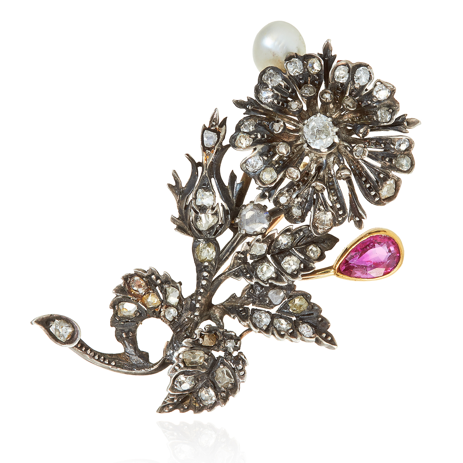 Los 354 - A BURMA NO HEAT RUBY, NATURAL PEARL AND DIAMOND BROOCH, 19TH CENTURY in yellow gold and silver,