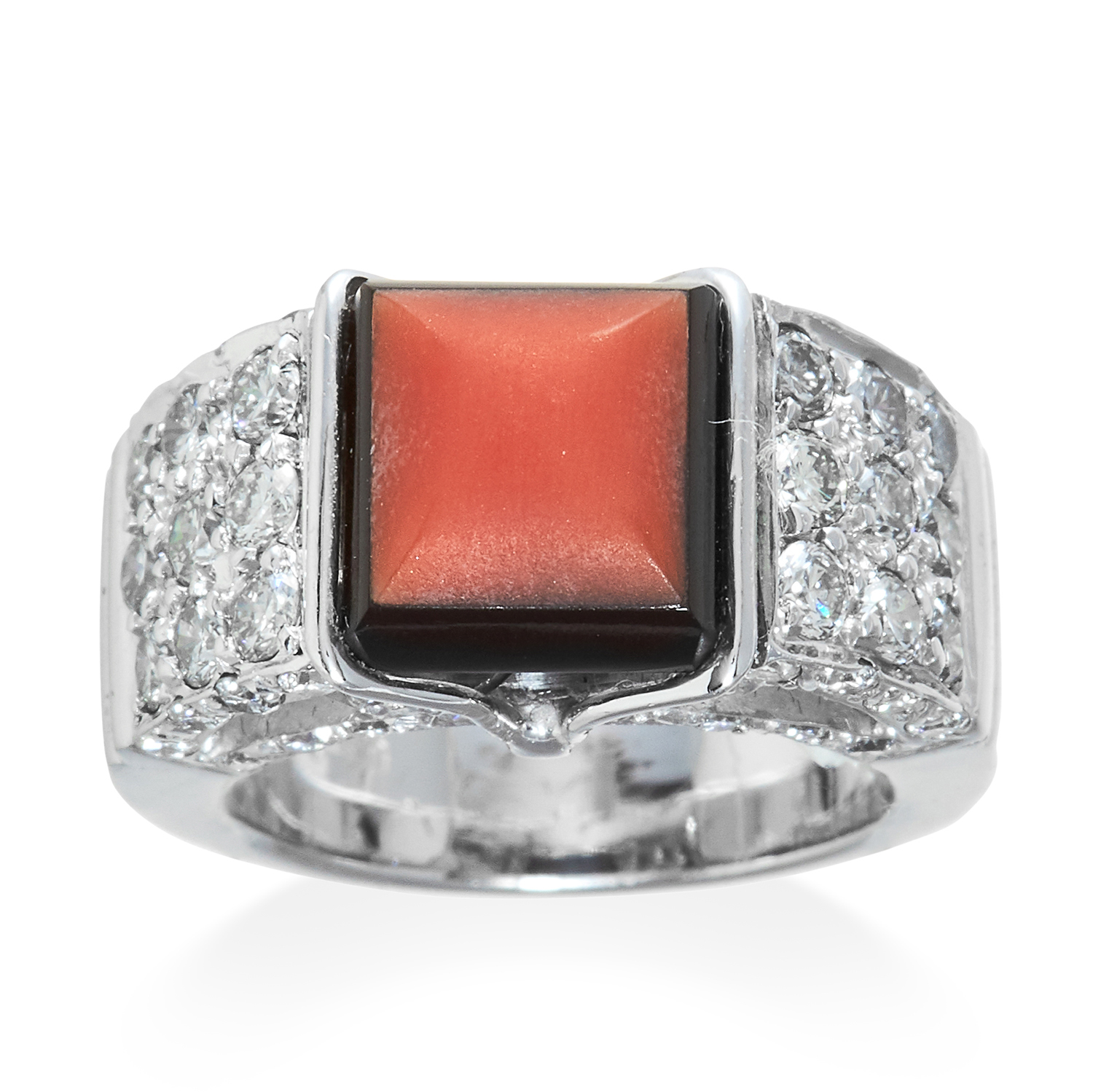 AN ANTIQUE CORAL, ONYX AND DIAMOND RING in 18ct white gold, stamped 750, size J / 5, 12.5g.