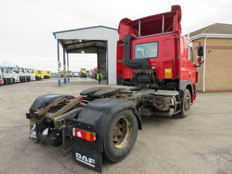 Lot 39 - DAF TRUCKS CF 85.410 - 12900cc Sleeper Cab Diesel Automatic - VIN: XLRTE85MC0E794697 - Year: