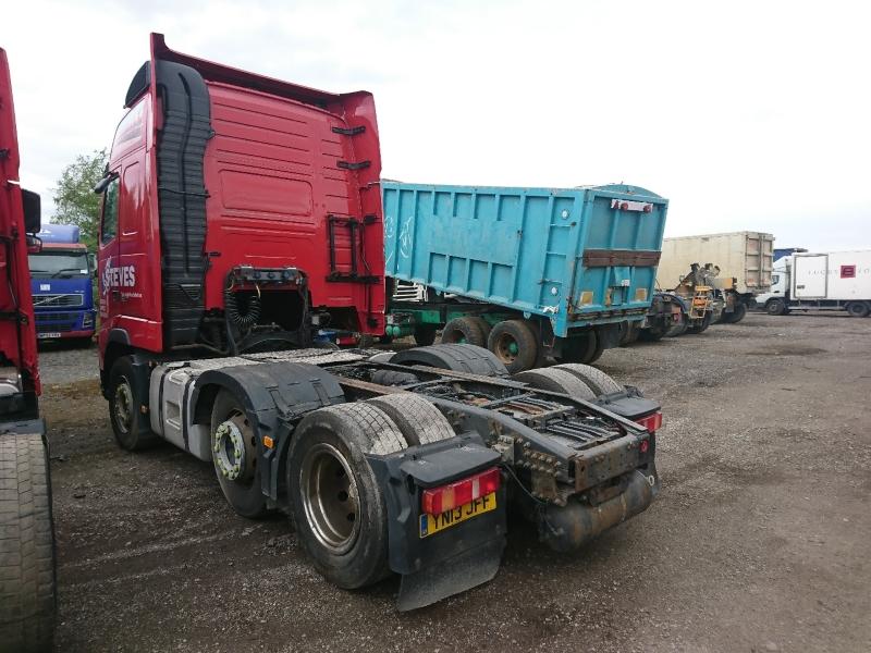 Lot 37 - VOLVO FH 500 - 12777cc Globetrotter Diesel Automatic - VIN: YV2AG30C4DB650283 - Year: 2013 - NO