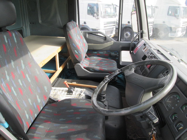 Lot 11 - IVECO-FORD CARGO 140 E23 - 5861cc Sleeper Cab Diesel - VIN: SBCA1LG0002332526 - Year: 2000 - 784,300