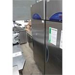 Williams HG1TSS stainless steel upright refrigerator temperature range +1 / +4 C (s/n 0504-417555)