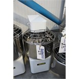 Thermodyne model 300CT Counter Top Dry/Moist Holding Cabinet