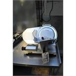 Buffalo U626 250mm blade gravity meat slicer anodized aluminium body variable cutting thickness
