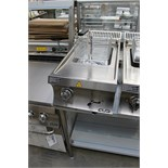 MBM EF477T counter top electric fryer brand new Fryer The worktop is in AISI 304 18/10 stainless