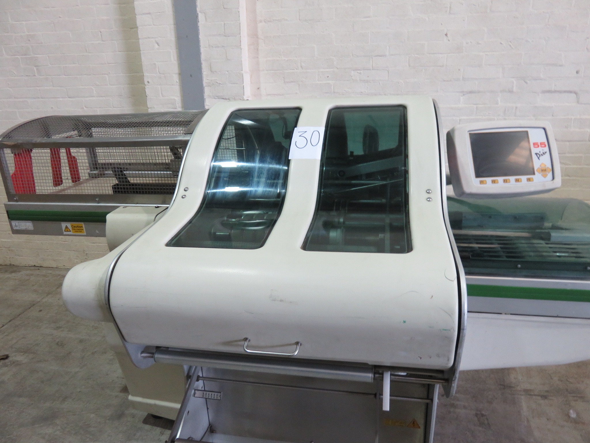 Lot 30 - Waldyssa Automac 55. Model B-220 Stretch Wrapper LIFT OUT £25