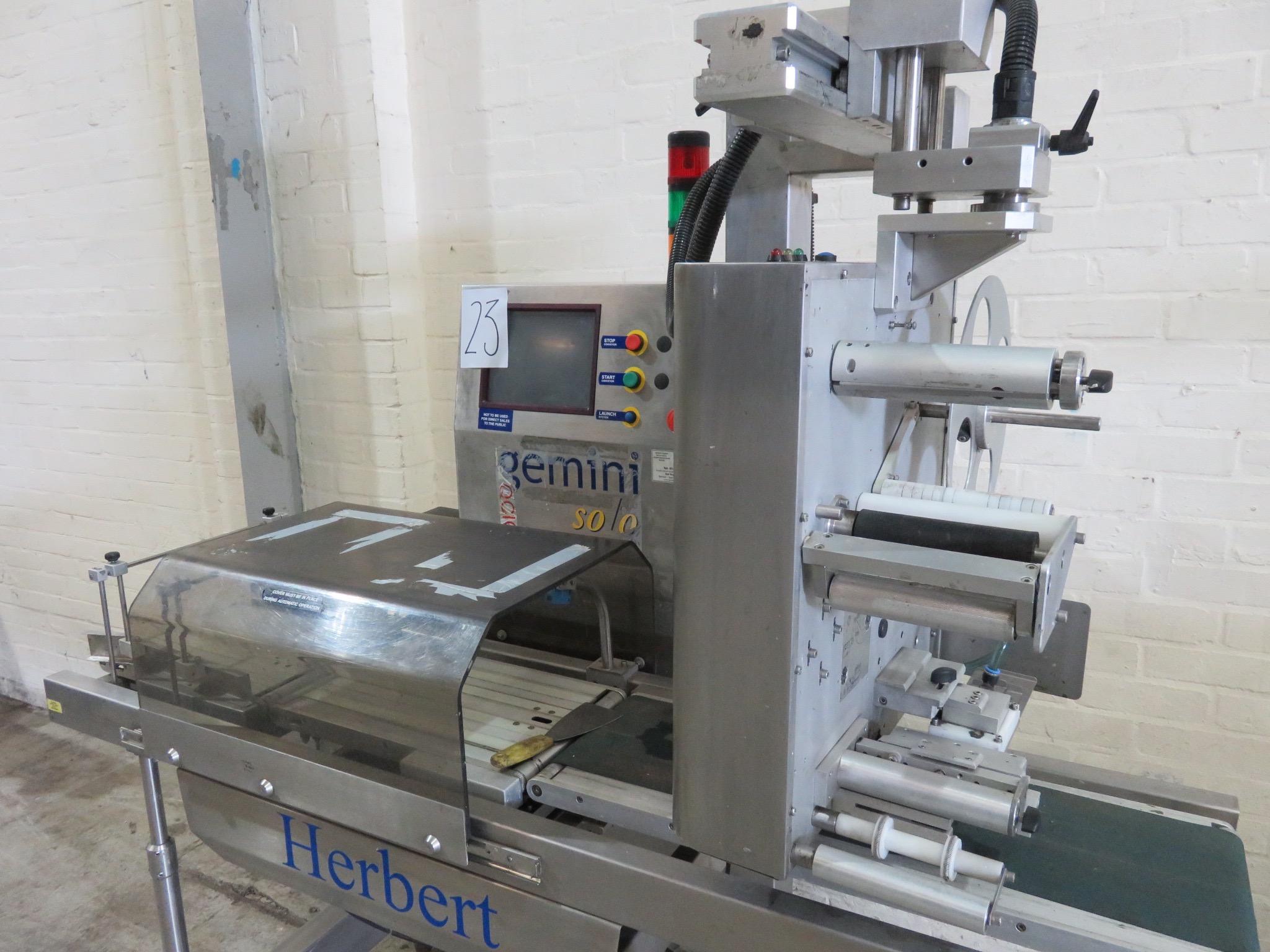 Lot 23 - Herbert Gemini Solo - Weigh, price & labelling machine. Model Gemini. Weigh platform 450mm long x 2
