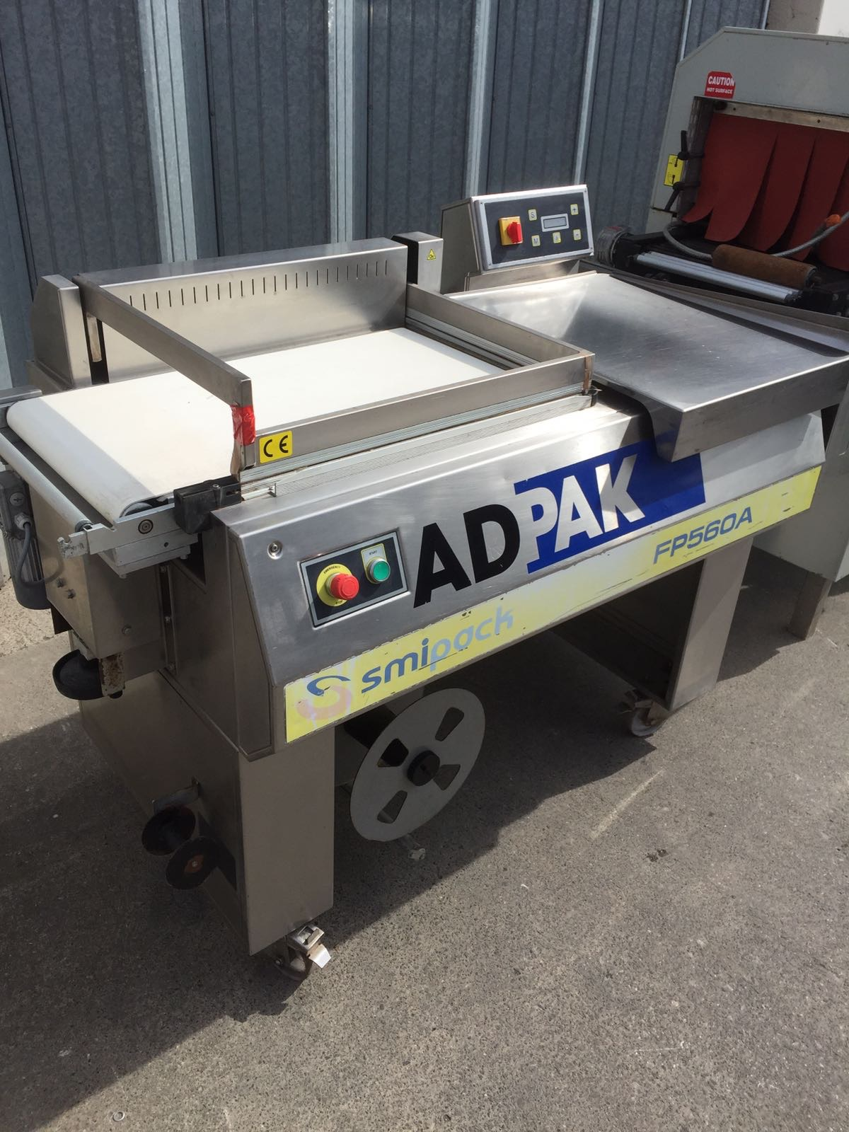 Lot 20 - Adpak L Sealer. Totally S/s. 1500mm long x 800mm wide LIFT OUT £15