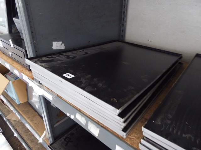 Lot 493 - Approx 9 60cm x 40cm bakers trays