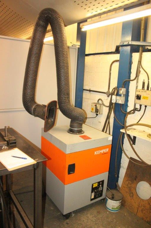 Lot 27 - KEMPER PROFIMASTER 240V FUME EXTRACTION UNIT