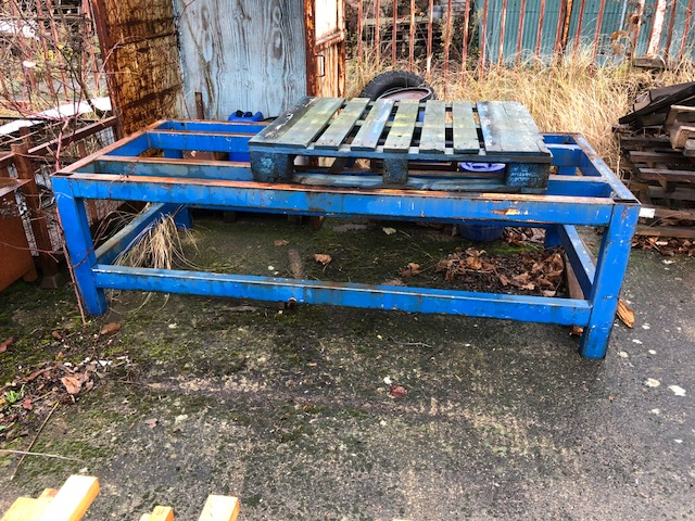 Lot 36 - HEAVY STEEL TABLE/BENCH FRAME 2340 X 1120 X 710MM H MADE OF 100 X 60MM BOX