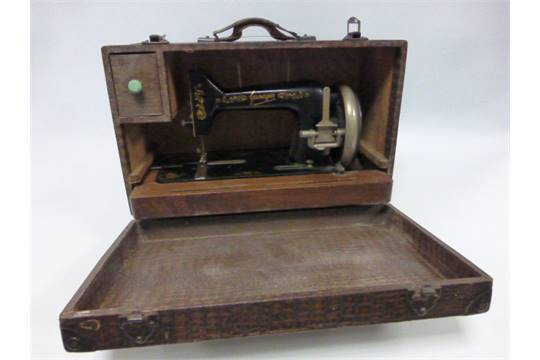 A Cased 404040s Gamages Sewing Machine Amazing Gamages Sewing Machine
