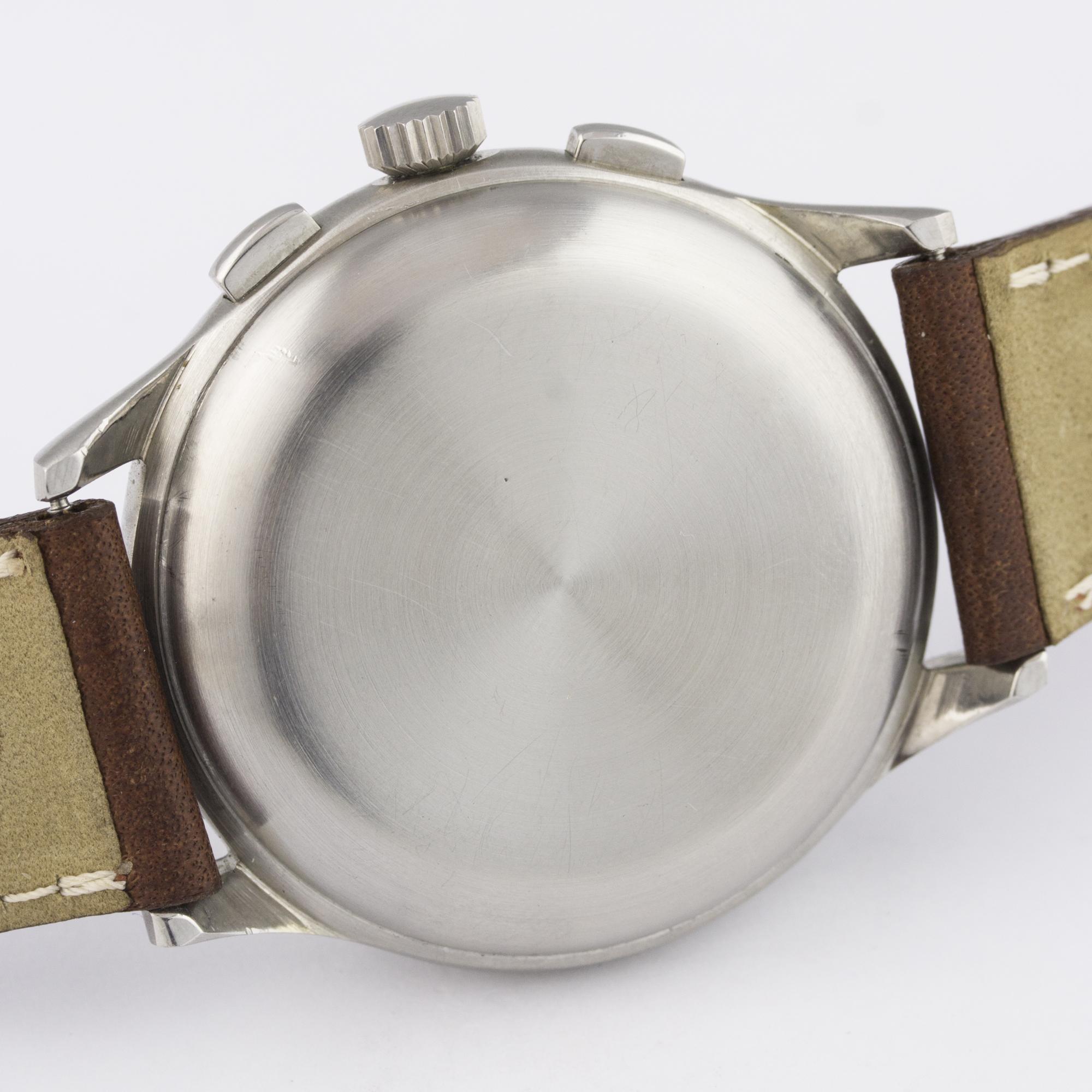 Lot 56 - A RARE GENTLEMAN'S STAINLESS STEEL MINERVA DECIMAL CHRONOGRAPH WRIST WATCH CIRCA 1950s D: Silver
