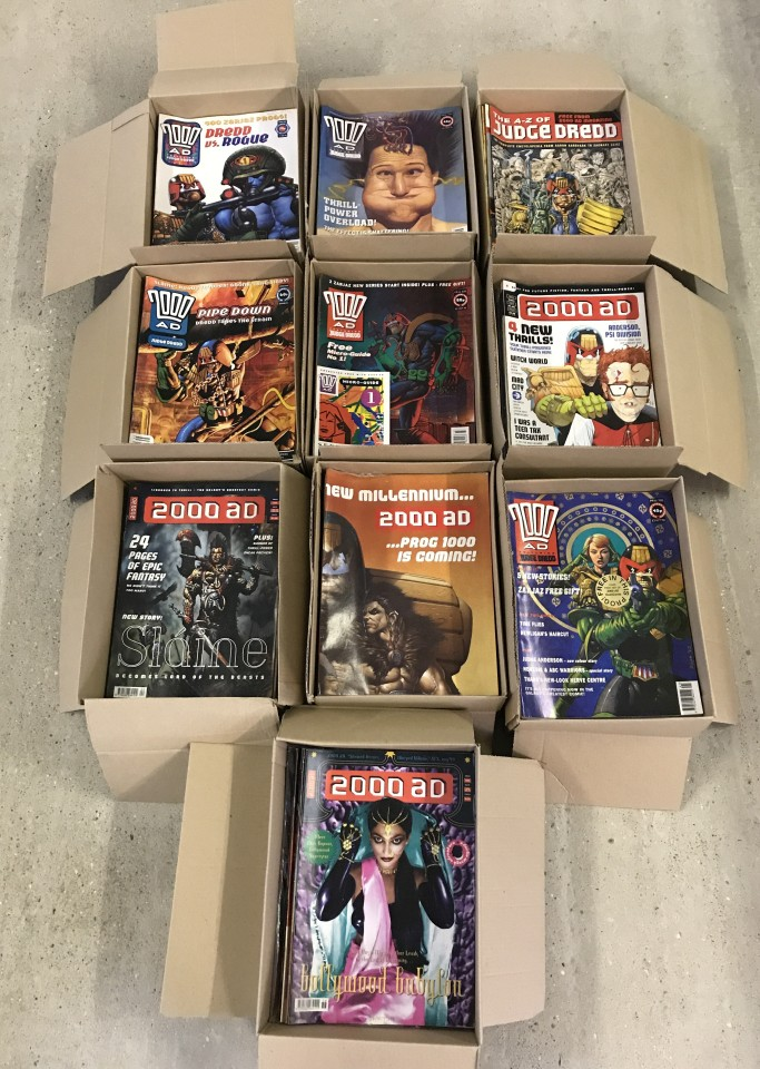 Lot 94 - 500+ consecutive issues of 2000 A.D. comic books. Issues 623-1158.