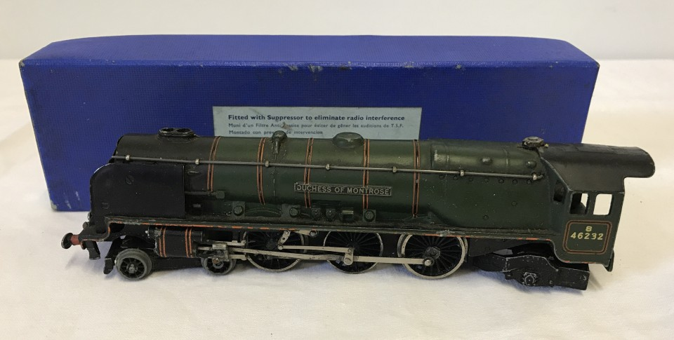 Lot 130 - Boxed Hornby Dublo EDL12 Duchess of Montrose loco.
