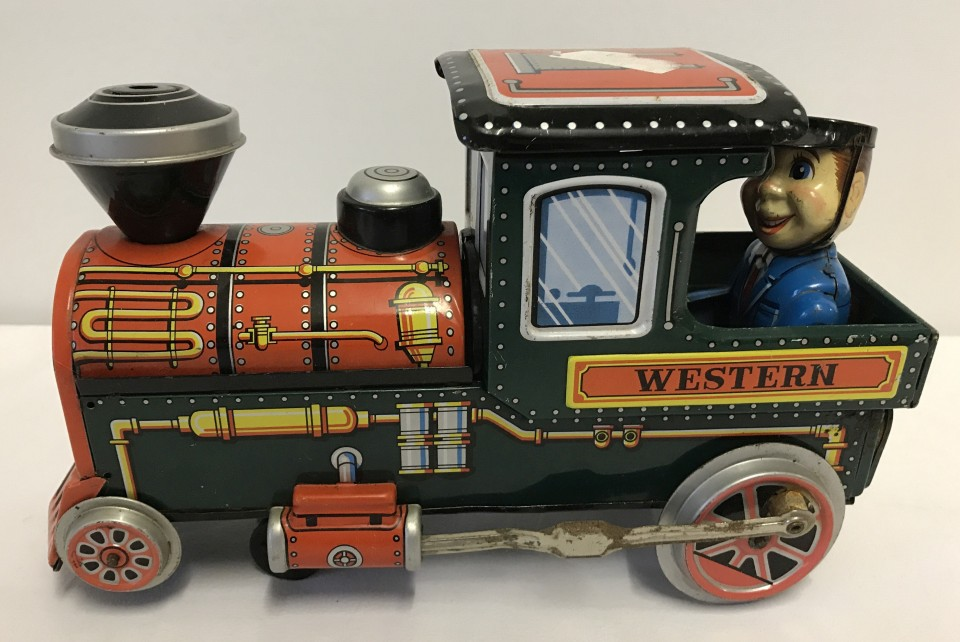 Lot 86 - A Modern Toys battery operated tinplate train