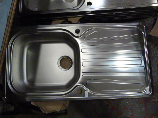 Lot 40 - *Carron Phoenix Precision 100xb Kitchen Sink
