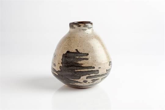 Geoffrey Whiting British 1919 1988 At Avoncroft Pottery Vase