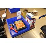 LOT - HYDRAULIC JACKS & ASSORTED TOOLS, (LUNCHROOM)
