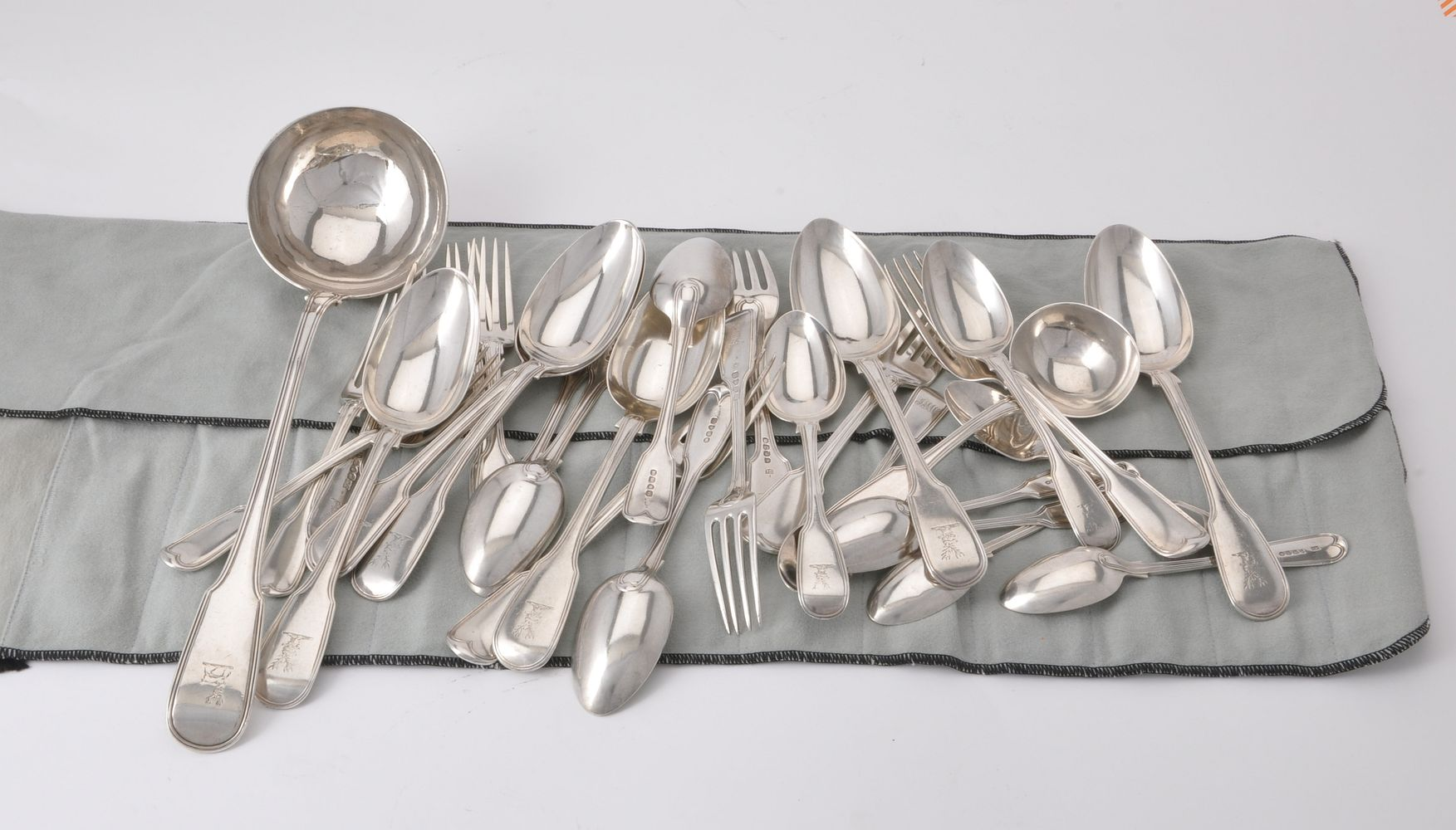A matched silver fiddle and thread pattern table service for six