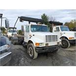 "CAMION ""ROLL-OFF"" INTERNATIONAL 4900, 60 000 LBS CAP, 200 000 KM, S/N: 1HTSHAAT5TH247720 (1996)"