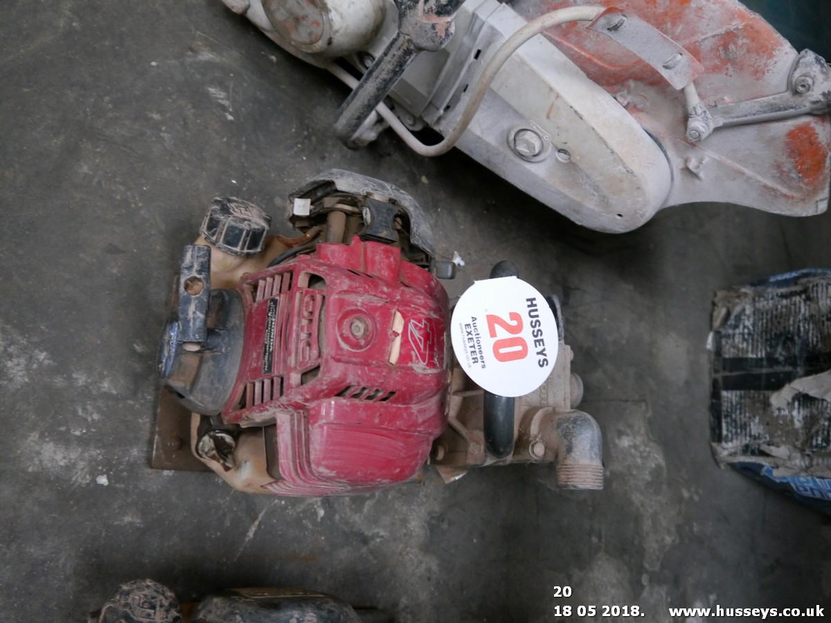 Lot 20 - HONDA WATER PUMP