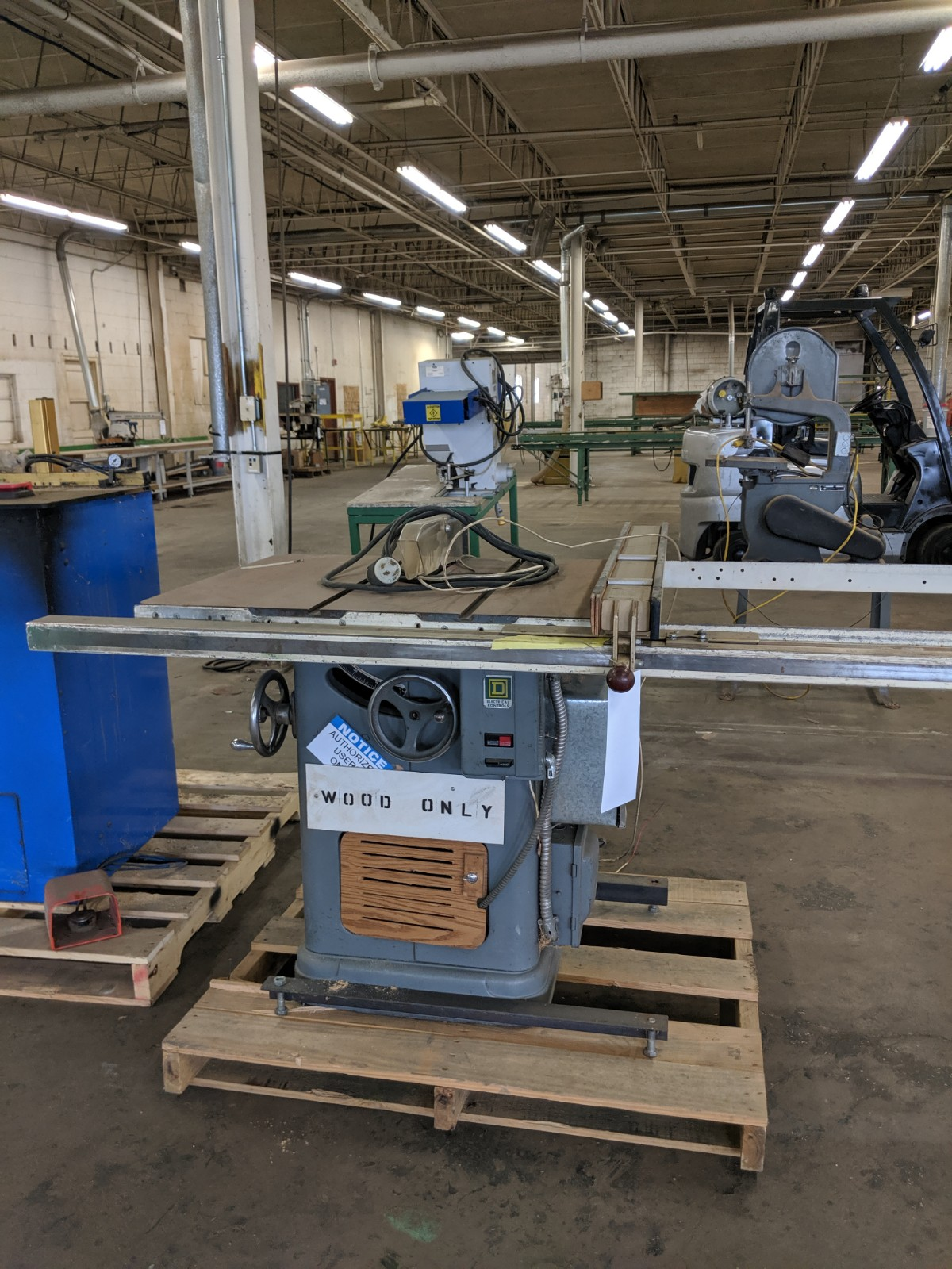 Lot 211 - Table Saw