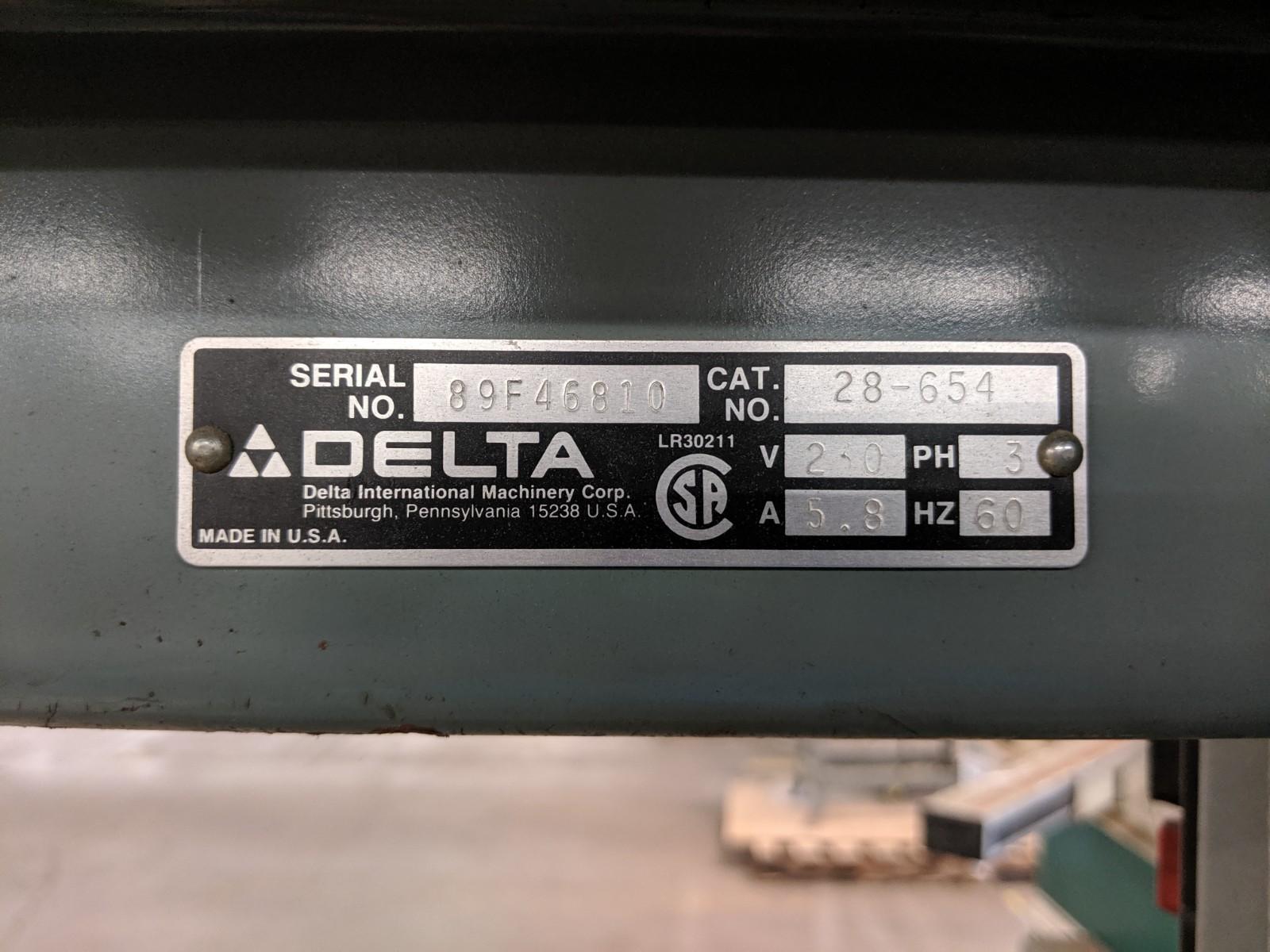 Lot 238 - Delta Vertical Band Saw