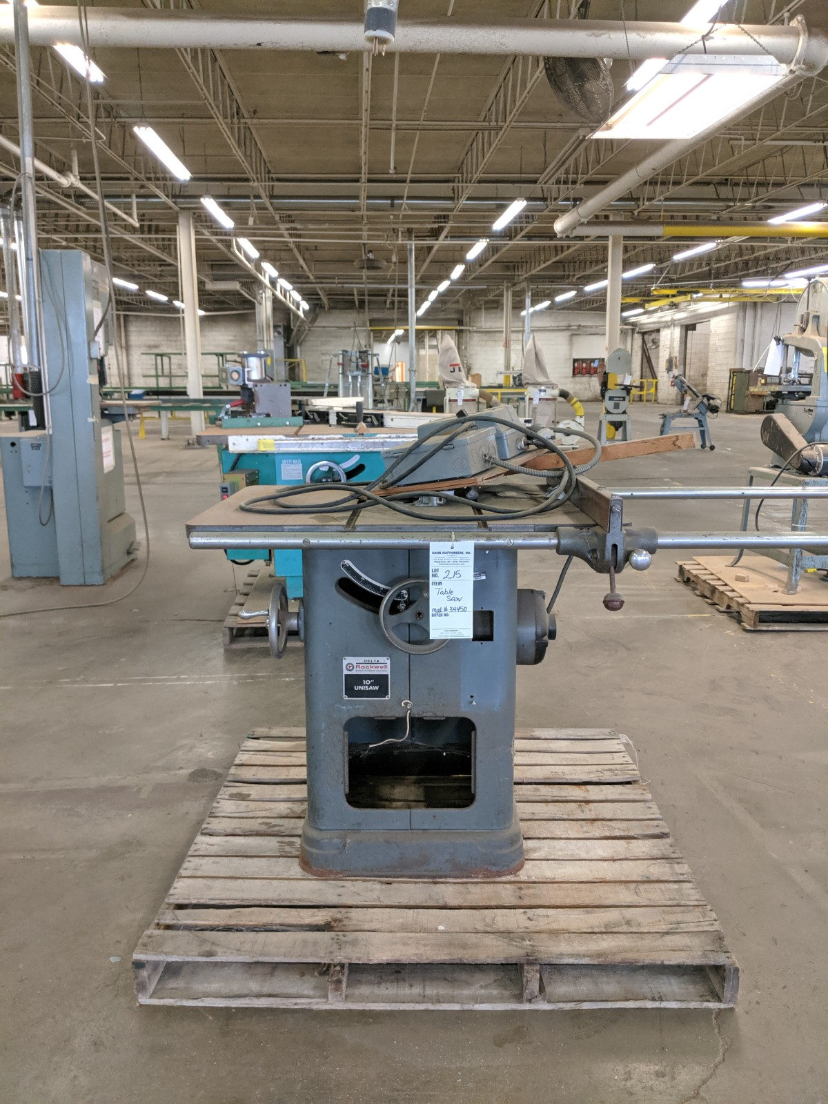 """Lot 215 - Rockwell 10"""" Table Saw"""